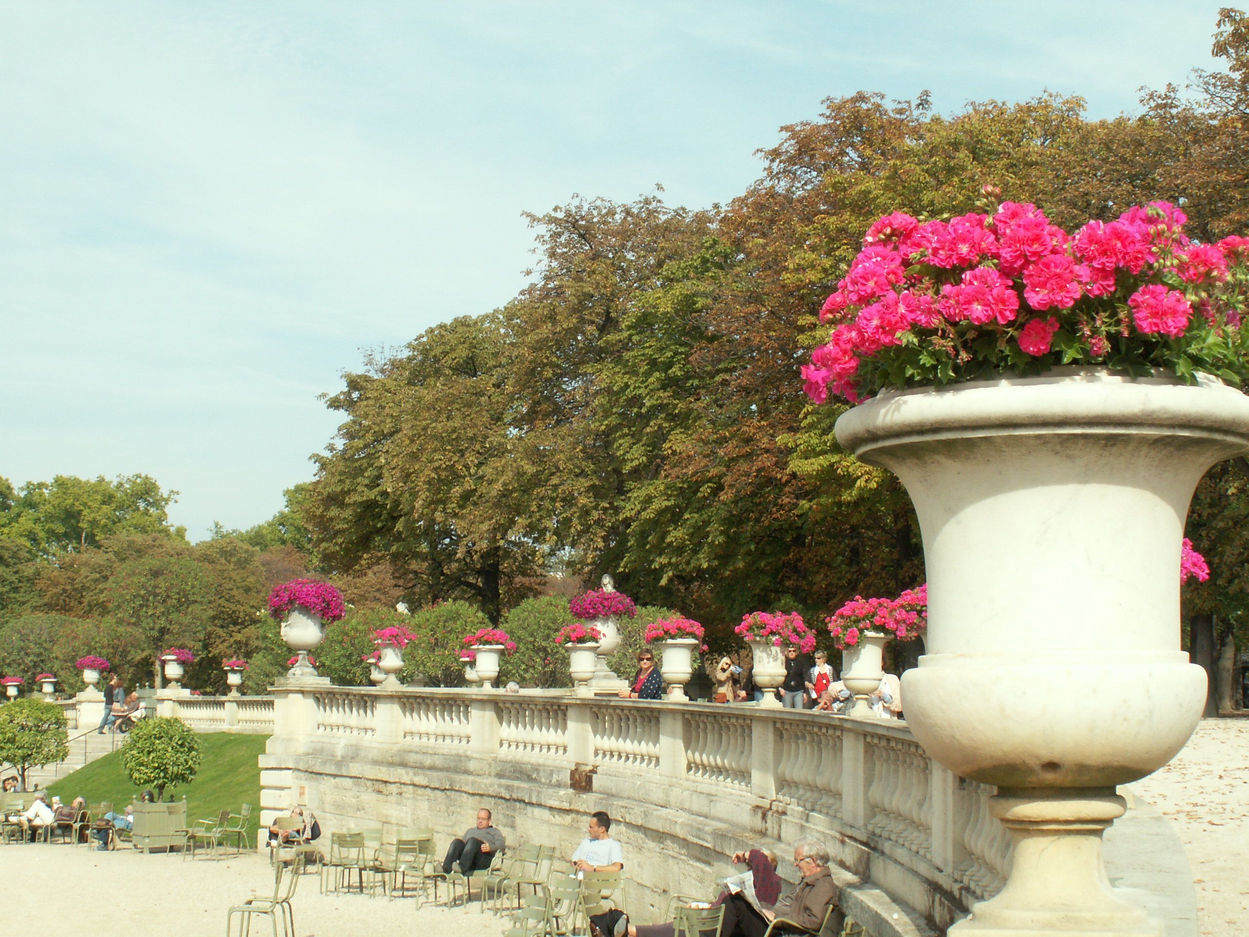 Bee Hives, Vineyards, Flowers, and More; Paris Gardens Have It All -