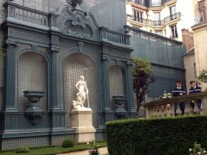Matignon statue off of terrace