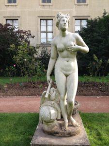 statuary jardin des plantes