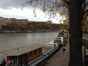Barges near Tour Eiffel