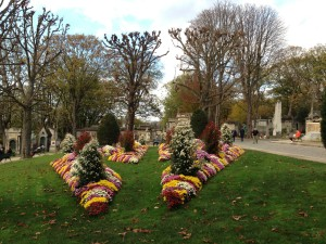 Pere Lachaise chrysanthemums